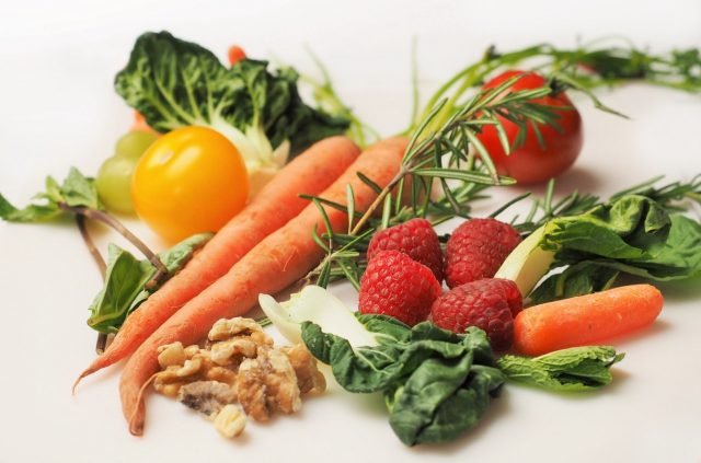 Making Fresh Raw Food - Your Staple Diet and Changing Your Life Forever